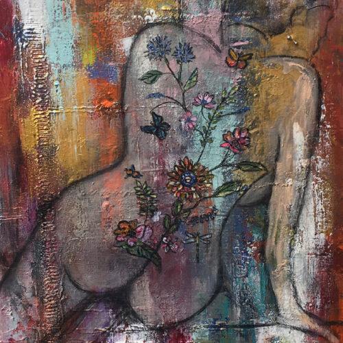 Das Gemälde Weiblicher Akt Haut 3 tättowiert und gepierct Blumentattoo stammt aus einer Serie mit 10 Akten und war Teil der Ausstellung Zwanzig Quadratmeter 2018 in der Kulturbäckerei. Es zeigt eine Frau in Rückenansicht sie hat ein Blumentattoo auf dem Rücken und ein Piercing im Ohr. Der Hintergrund ist bunt aber gedeckt und mit Spachtelmasse strukturiert.
