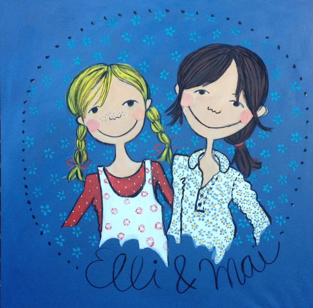 Das Gemälde Elli und Mai zeigt im Stil der Kinderbuchmalerei die Kinder des Logos des Kindermodegschäftes Elli und Mai in Lüneburg. Die beiden Mädchen sind blond und braunhaarig und tragen Zöpfe, der Hintergrund ist blau.