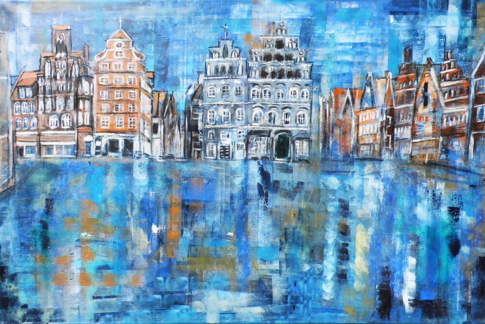 """Gemälde IHK Lüneburg Am Sande Platz """"Am Sande"""" Lüneburg in Blautönen, im Mittelpunkt steht das Gebäude der Industrie- und Handelskammer. Links und rechts Hansegiebelhäuser in warmen Brauntönen, die in die Heiligengeiststrasse und die Grapengiesserstrasse führen. Das Pflaster des Platzes und den Himmel sind in schimmernden Farben gemalt, so dass es so wirkt, als hätte es eben geregnet. Impressionistische Lichtspiele und Farbspiele, typischer Stil der Künstlerin Karin Greife"""