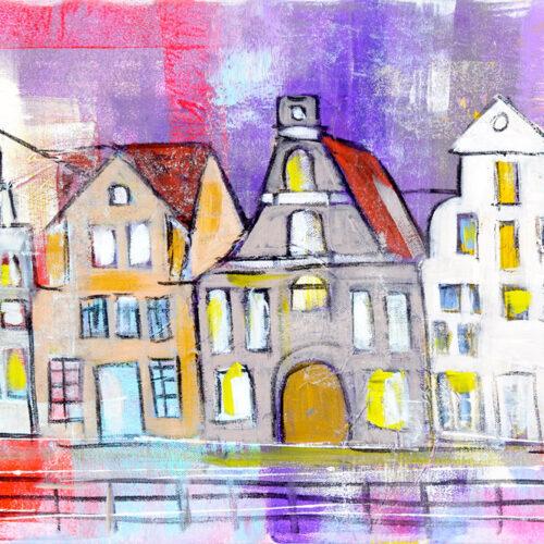 """Das Gemälde Sommerstint Lüneburg ist eine Impression des Stintmarktes Lüneburg mit Lila-, Rot- und Rosatönen. Fröhliche Sommerstimmung in einer der bekanntesten Strassen der aus der ARD-Telenovela bekannten """"Rote-Rosen""""-Stadt."""