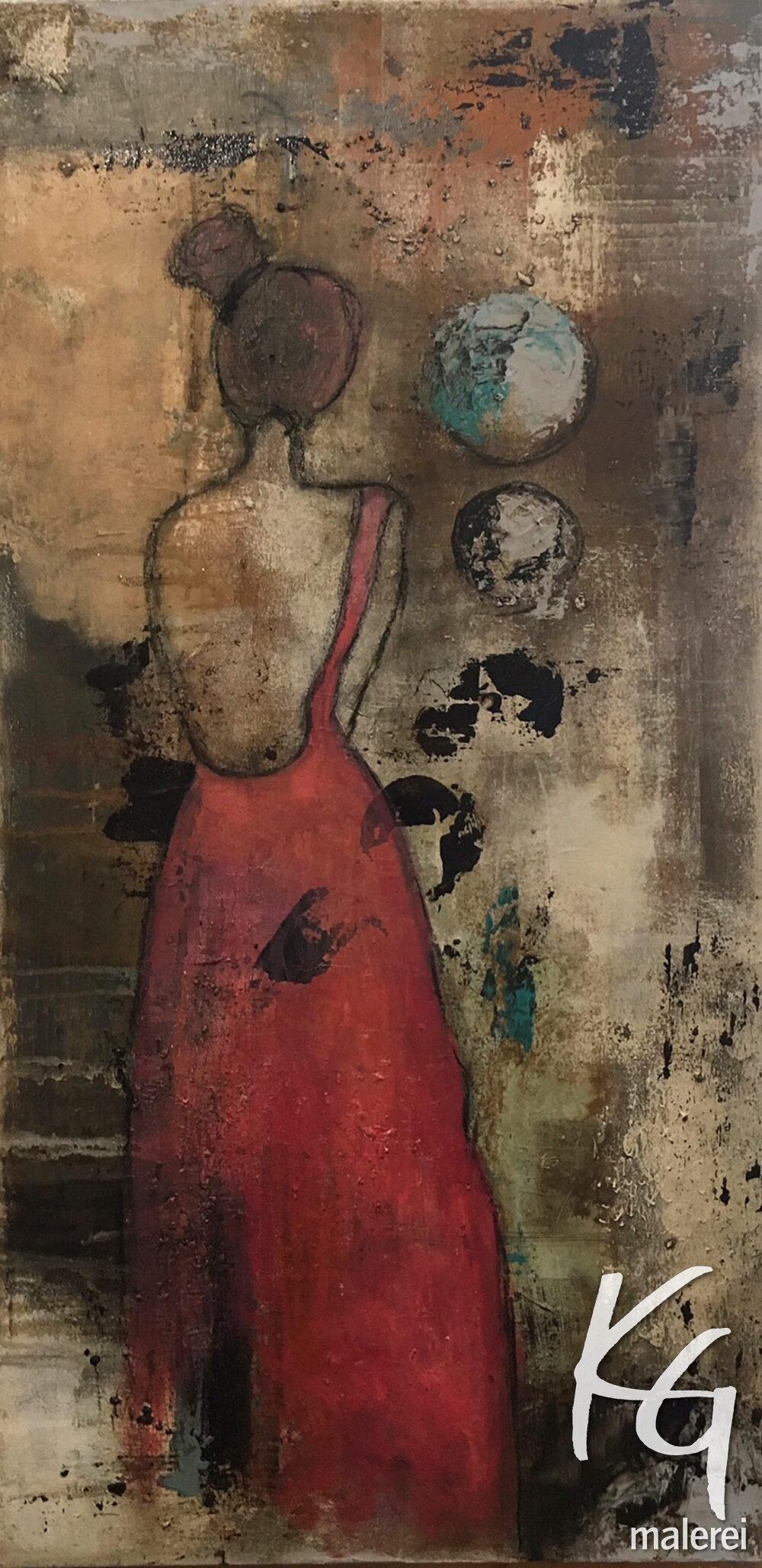 Das Gemälde Rückenfrei zeigt eine Frau in einem roten rückenfreien Kleid von hinten. Sie trägt einen braunen Dutt. Der Hintergrund ist in gedeckten Brauntönen geheimnisvoll gestaltet.
