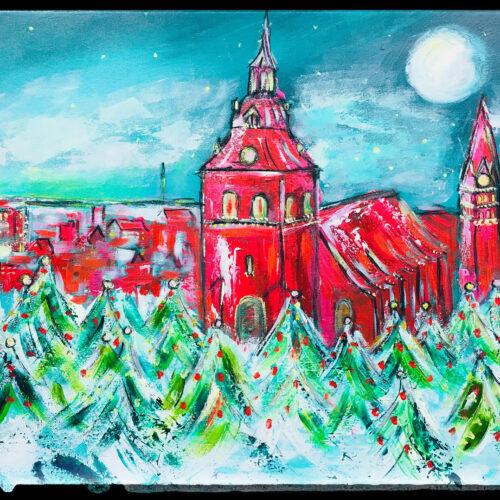 Auch als Lüneburg Kunstdruck im Online Shop von Karin Greife. Gemälde Weihnachtsblick über Lüneburg mit der St. Michaeliskirche, St. Nicolaikirche, St. Johanniskirche und schneebedeckten Tannenbäumen mit roten Weihnachtskugeln